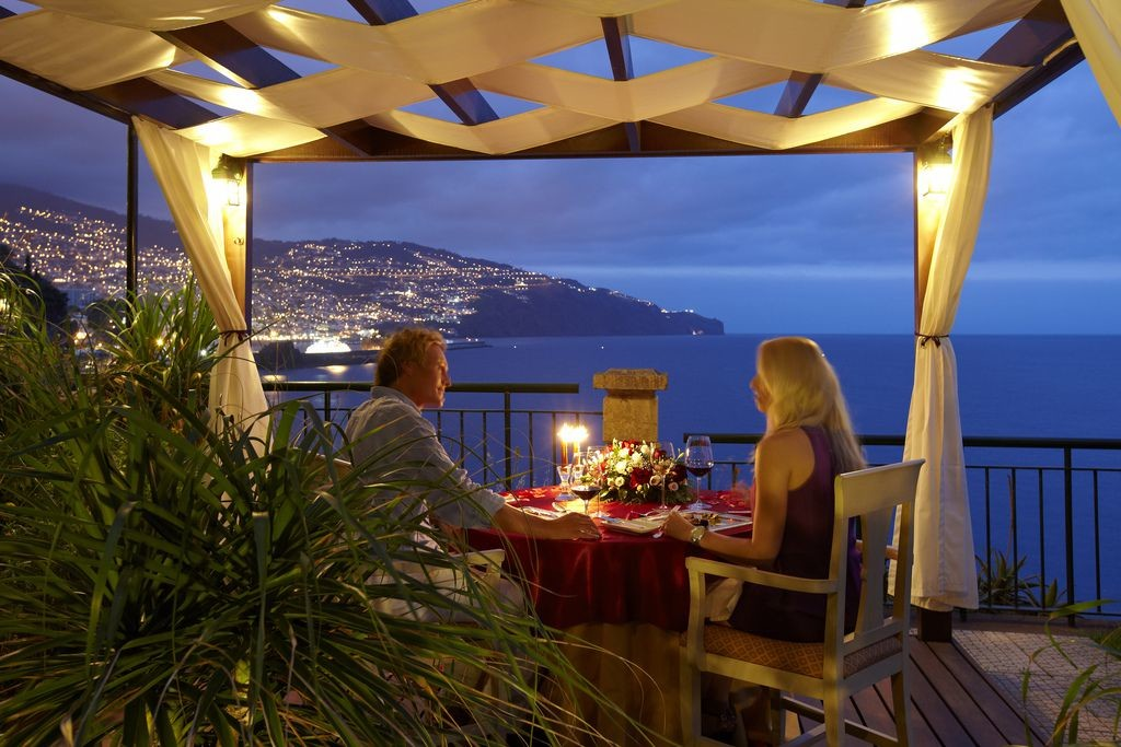 aprenda-preparar-um-jantar-romantico-inesquecivel.jpeg