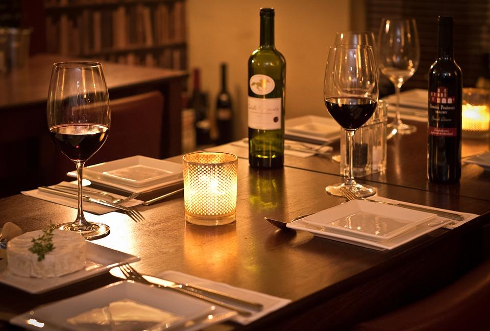 o que fazer no Dia dos Namorados jantar romantico