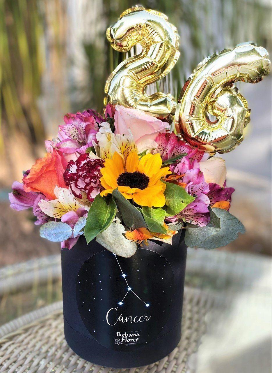 Presente de aniversário com flores