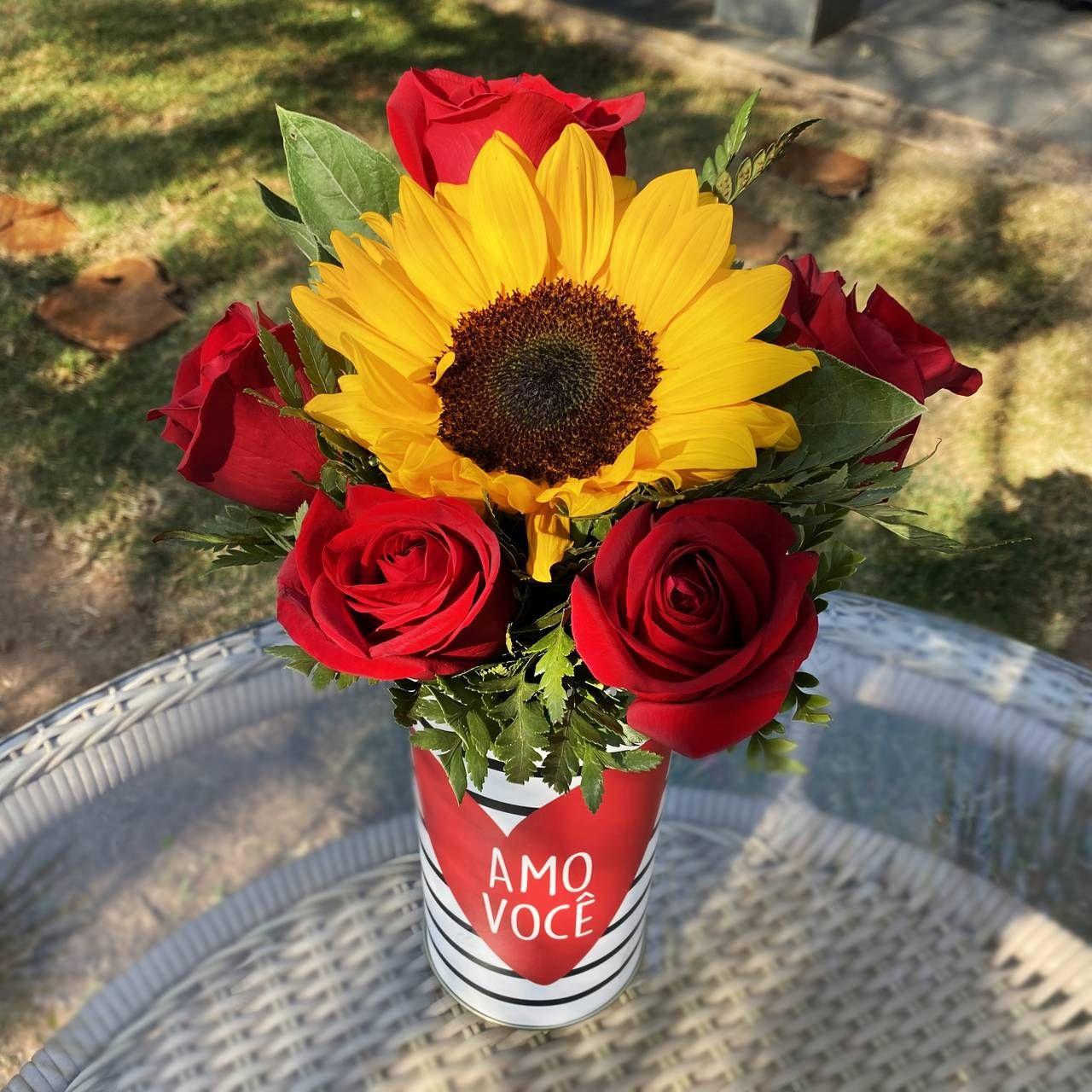 Caixa Amo Você - Rosas e Girassol