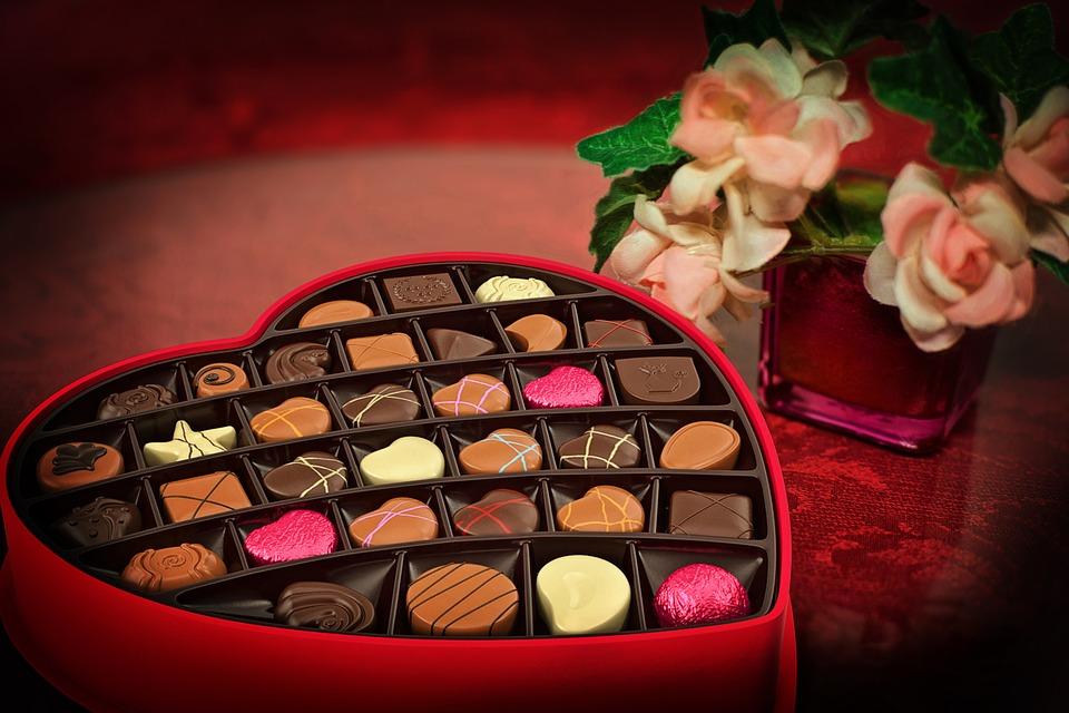 coroação com flores de chocolate